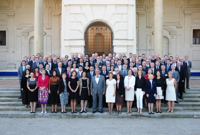 Between August 28 and 31, 2012 the Ambassador Cumba participated in the Annual  Meeting of the Heads of the Diplomatic Missions of the Czech Republic.