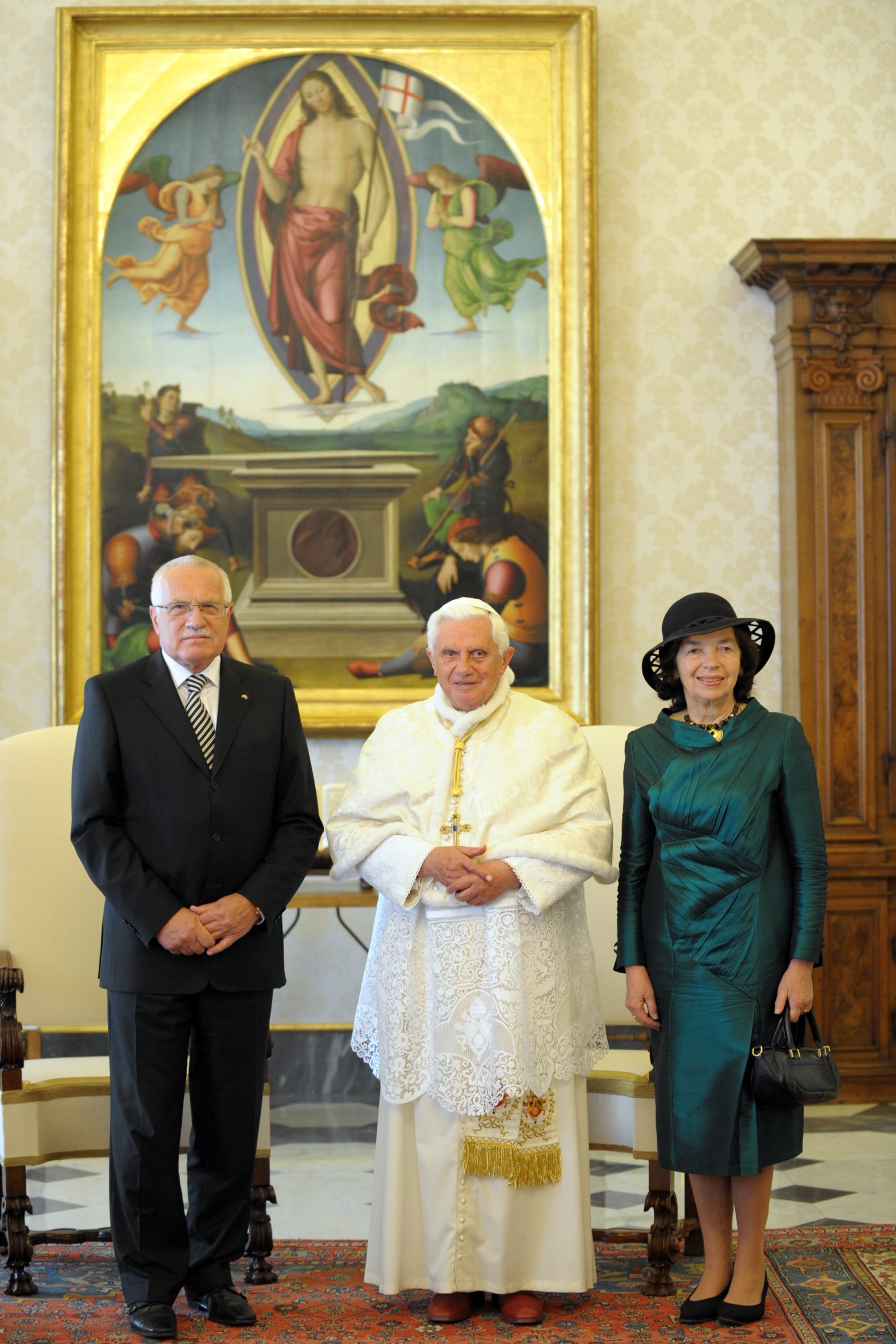 Setkání prezidenta republiky Václava Klause a jeho choti Livie Klausové s Jeho Svatostí Benediktem XVI.