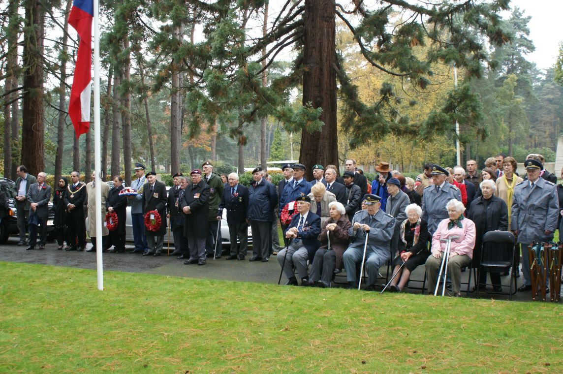 Guests in Brookwood cemetery event