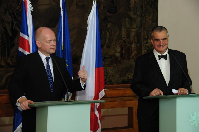 x2010_12_15_karel_schwarzenberg_william_hague
