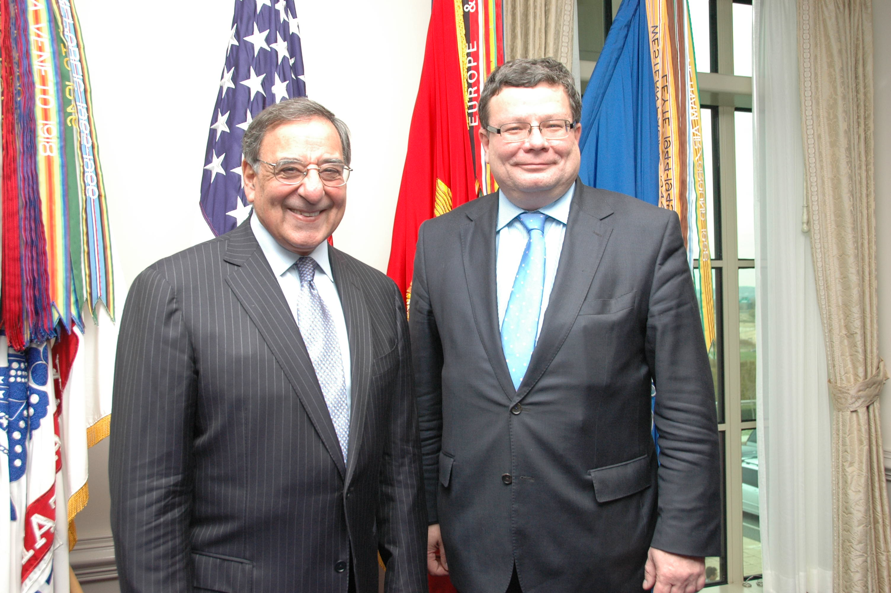secretary_panetta_and_minister_vondra