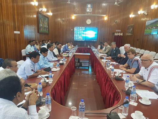 Schůzka v Manipuru