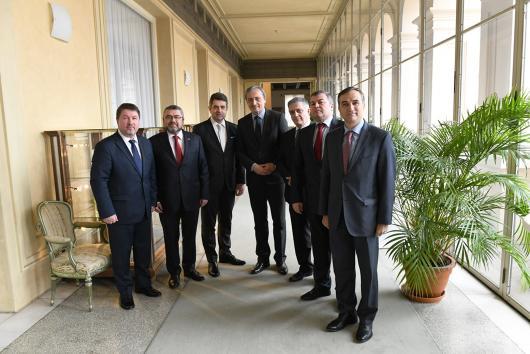 Ministr Stropnický přijal velvyslance zemí Východního partnerství