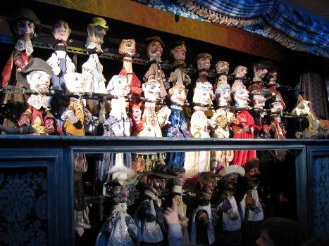 Marionetdukker fra forestillingen De tre Musketerer af ALFA teater